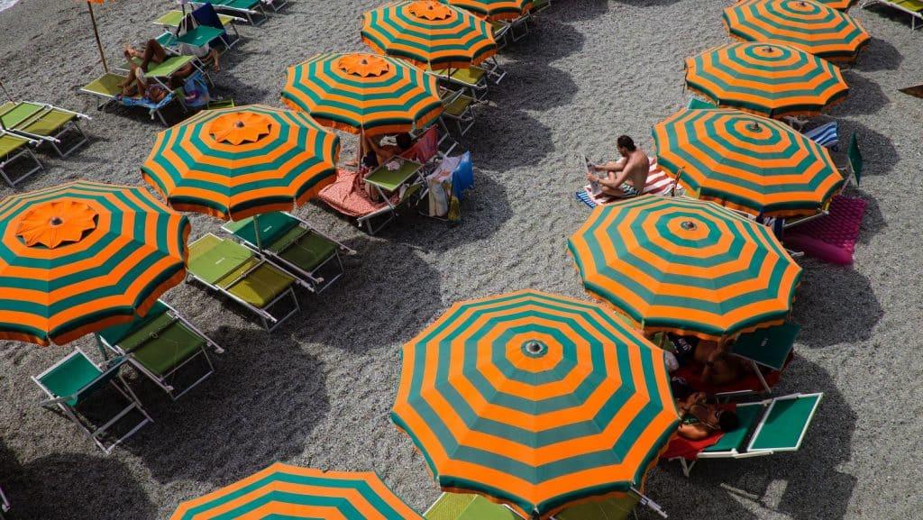 Se baigner aux Cinque Terre : où se trouvent les plages ?